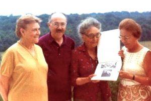 Renée, Maurice, Madeleine et Ginette. Photo extraite du site de la Fédération Martenot